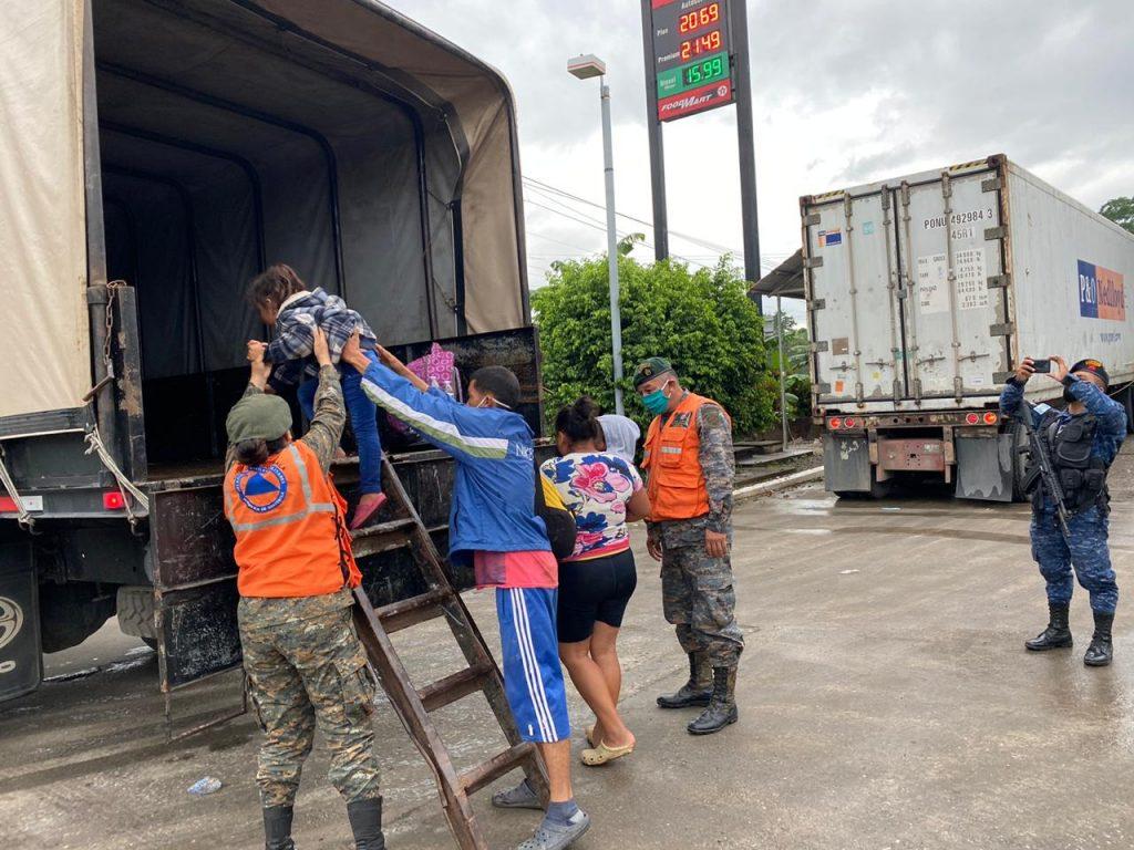 Decretan estado de prevención para evitar que la caravana de migrantes avance