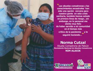 Cuarenta y cuatro abuelas comadronas son vacunadas contra el COVID19