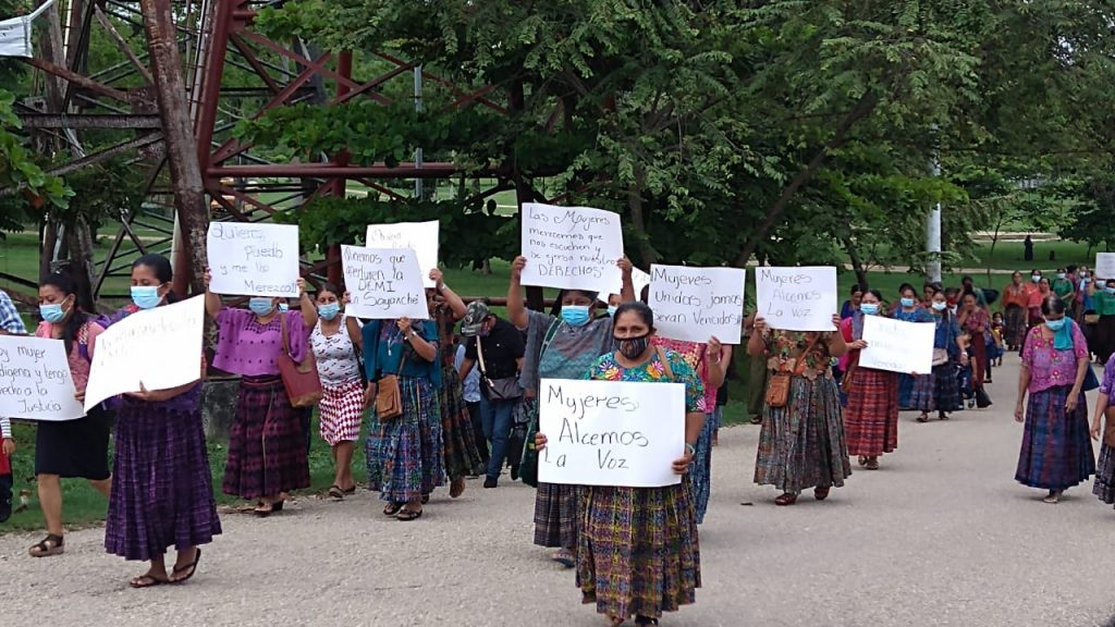 Mujeres de Sayaxché piden oficina de la DEMI